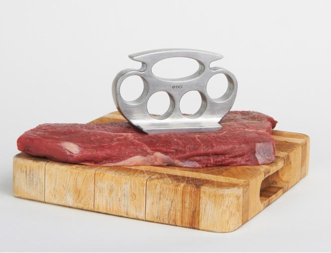 Камни для виски, кастет для мяса и еще 5 главных гаджетов  мужской кухни