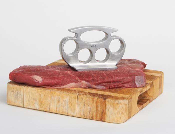 Фото №3 - Камни для виски, кастет для мяса и еще 5 главных гаджетов  мужской кухни