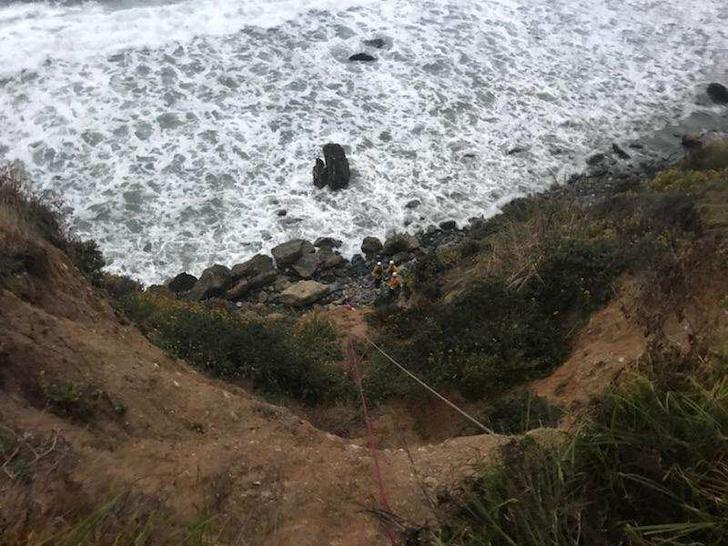 Фото №5 - Девушка упала с 80-метровой скалы и выжила! Но как?!