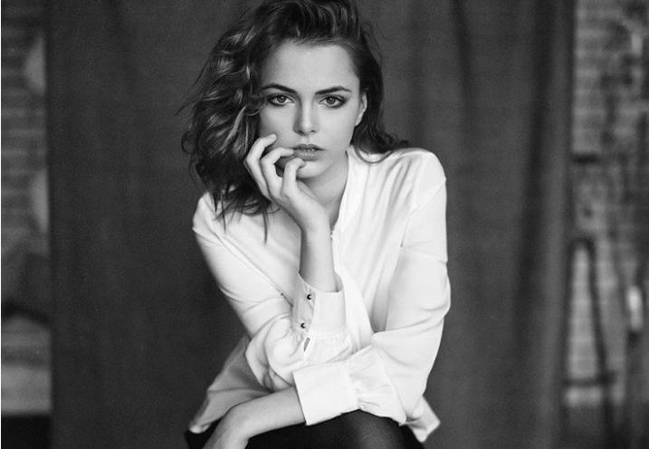 Фото №1 - 22-летнюю россиянку Октябрину Максимову признали красивее Марго Робби и Кары Делевинь! Но кто она такая?