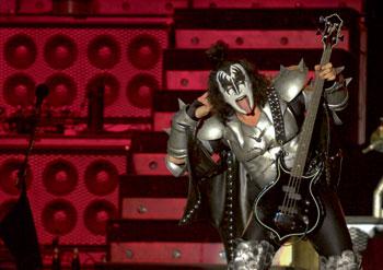 Джин Симмонс группа Kiss