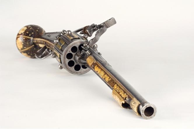 11 убийственных фактов об изобретателе револьвера!