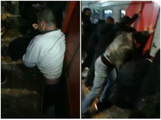 Мужик застрял между вагоном и платформой, и пассажиры раскачали поезд, чтобы его вытащить (видео)