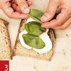 Фото №8 - Маслом внутрь! 4 самых простых мужских сэндвича