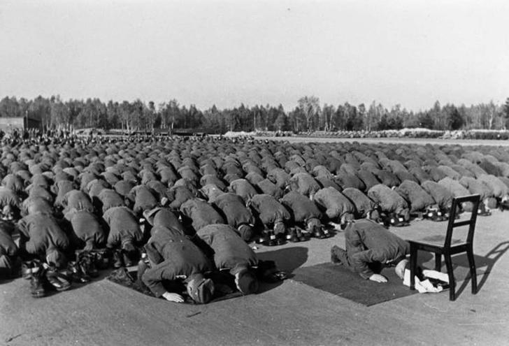 Фото №5 - Русский разведчик смеется перед расстрелом. И еще 8 поразительных фотографий Второй мировой войны
