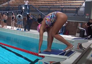 Лучшая попа в российском спорте! Видео Юлии Ефимовой в откровенном купальнике возбудило Интернет