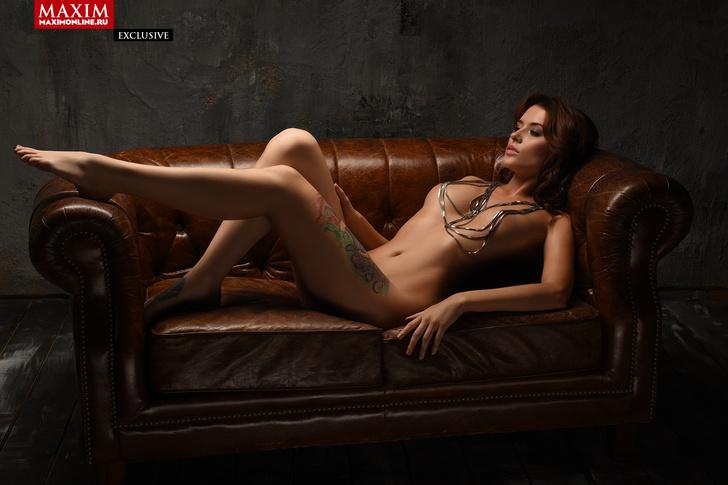 Фото №5 - Модель Кристина Нуар: «Заграничные заказчики предвзято относятся к татуировкам — недавно Милан отказал из-за тату»