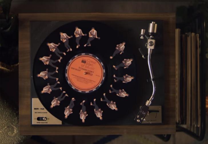 Фото №1 - Клип этой канадской рок-группы снят без спецэффектов и графики, но верится с трудом (видео)