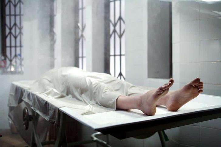 Фото №2 - 3 человека, проснувшихся в морге после пьянки