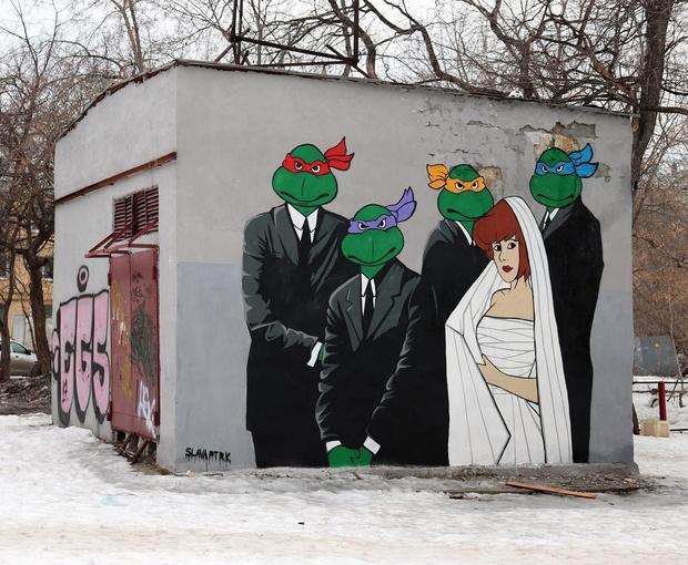 Фото №4 - В Нижнем Новгороде появилось граффити по мотивам фильма «Жмурки» и мультика «Чип и Дейл» (фото)