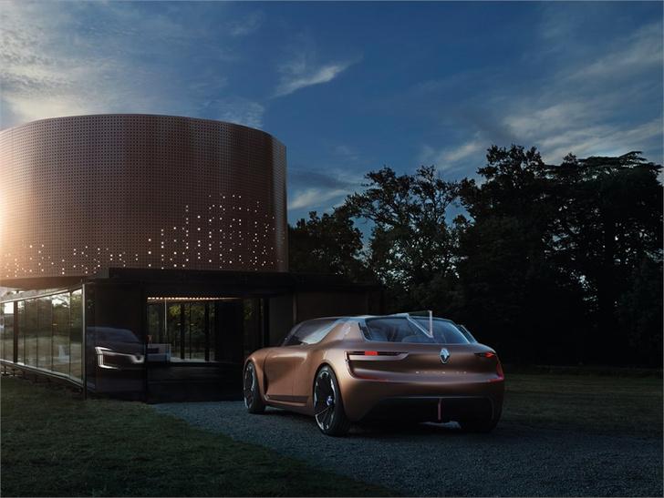 Фото №11 - Renault делает автомобиль будущего частью умного дома
