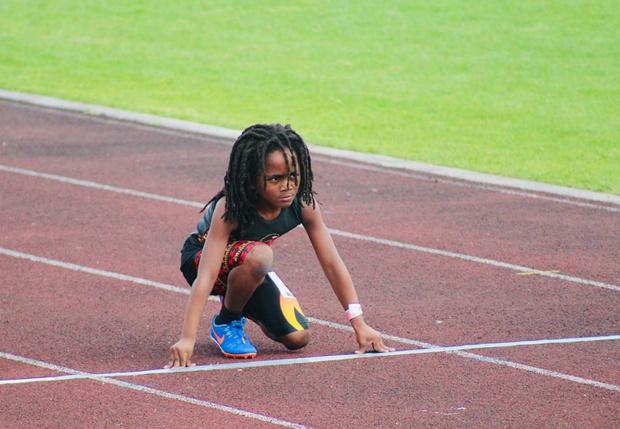 Фото №1 - Познакомься с самым быстрым ребенком в мире (сверхзвуковое видео)