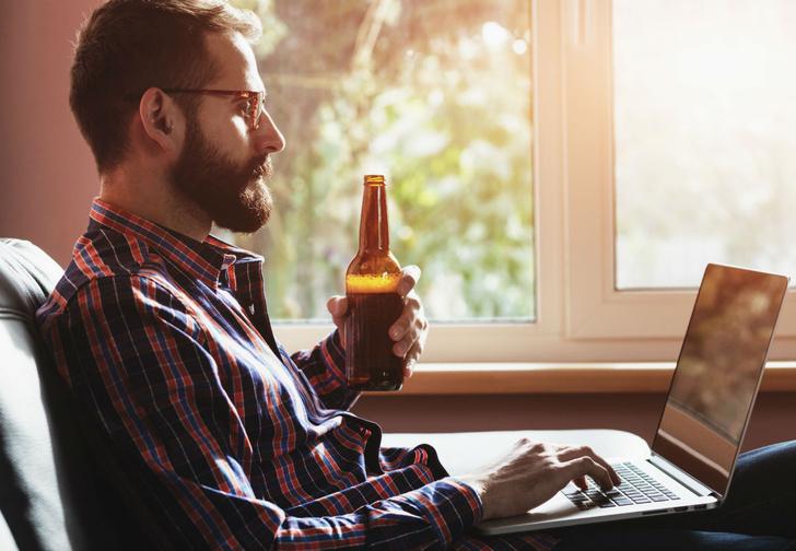 Фото №1 - Ученые создали программу, определяющую алкоголиков и наркоманов по постам в Facebook