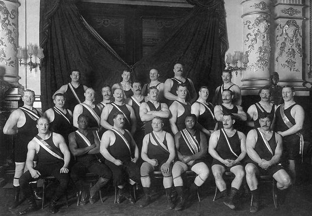 Рестлеры в цирке «Шуманн». Германия, 1907 г.