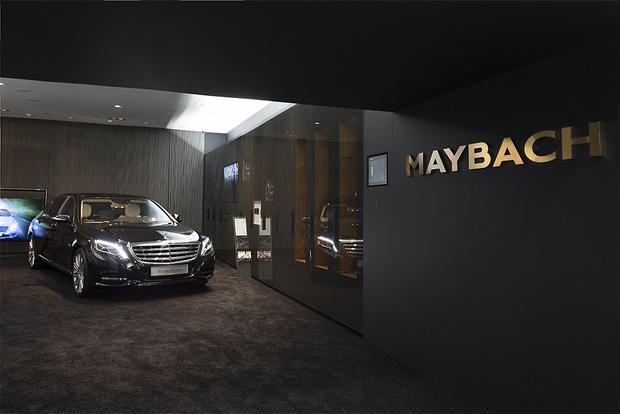 Фото №3 - Шоурум Mercedes-Benz: новое слово в общении с автомобилями