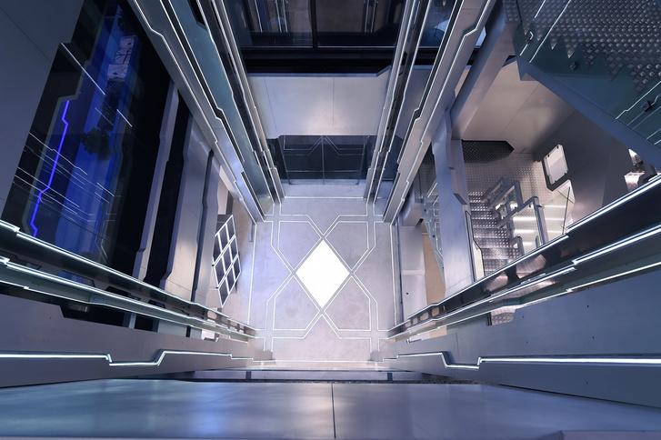 Фото №6 - Киберспортивная тренировочная база на космическом корабле (межгалактические фото)