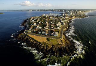 Идея для отпуска: город-остров Пунта-дель-Эсте, Уругвай