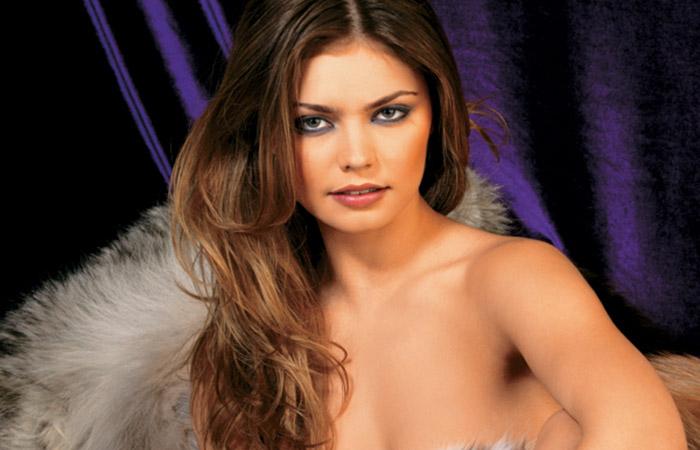 Фото №1 - 100 самых сексуальных женщин страны 2013. Места с 40 по 31