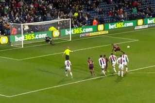 Самый эпичный провал пенальти в истории этого футбольного сезона (видео)