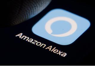 Bloomberg: работники Amazon подслушивают клиентов через умные колонки и даже обмениваются особо забавными записями