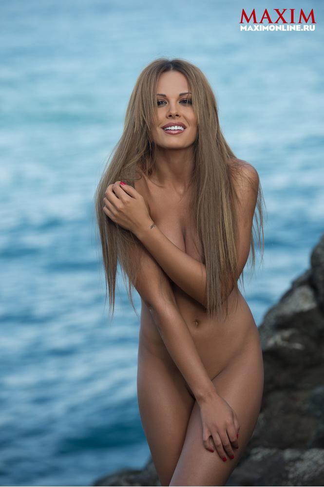 голая актриса мария фото