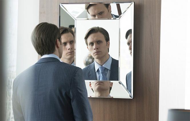 Фото №2 - 10 причин смотреть и не смотреть сериал «Мистер Робот»