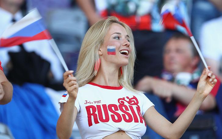 Фото №13 - Самые прекрасные русские болельщицы во Франции