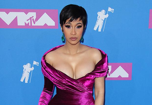Фото №1 - Латекс, сетка и нижнее белье! Самые откровенные наряды MTV VMA 2018