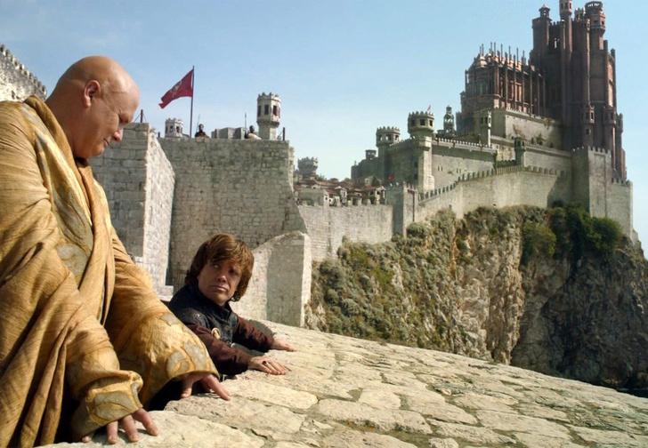 Фото №1 - Битва за Королевскую Гавань: в Сеть утекли фото со съемок восьмого сезона «Игры престолов»