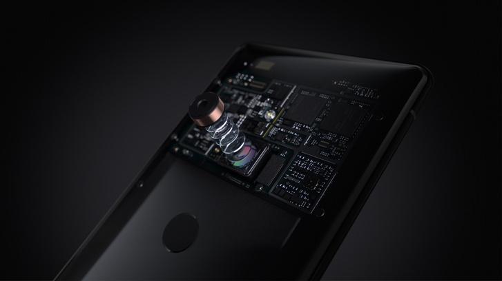 Фото №6 - Любовь с первого использования: Xperia XZ3 скоро поступит в продажу