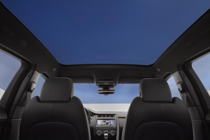 Фото №6 - Шесть личностей в одном Jaguar E-PACE