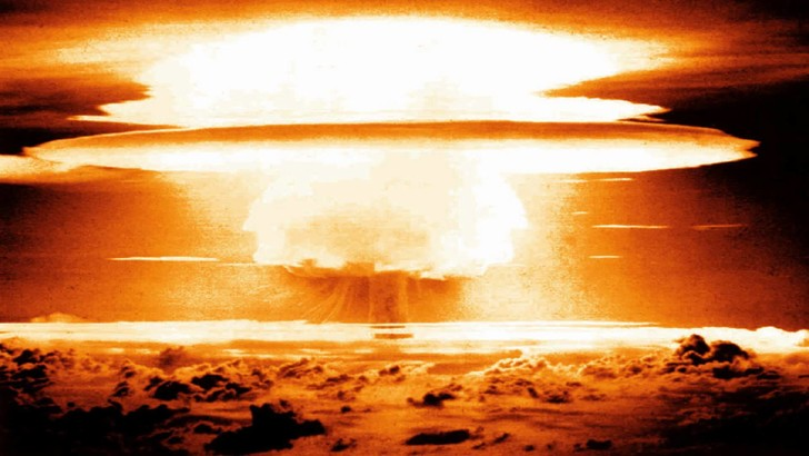 Фото №1 - Самые красивые ядерные взрывы в истории (ВИДЕО)