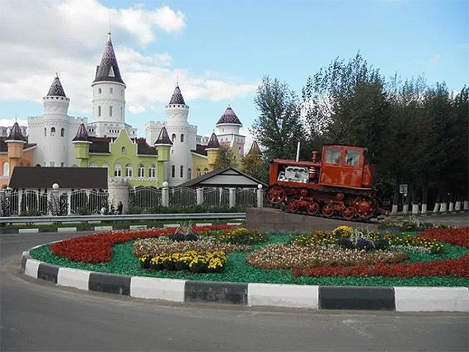 Фото №4 - Иностранцы с изумлением разглядывают русский детский сад