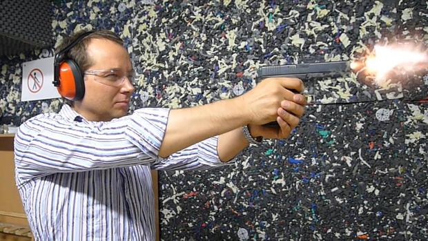 Фото №8 - Каково это — стрелять из ППШ, маузера, нагана, винтовки Мосина и еще девяти видов огнестрельного оружия