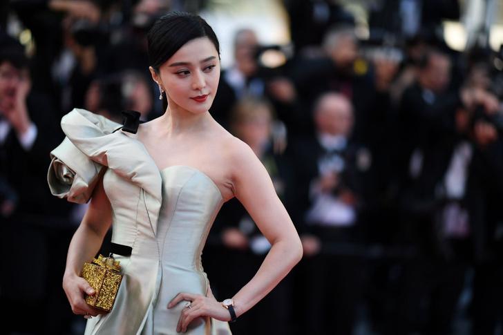 Фото №1 - Самую популярную китайскую киноактрису оштрафовали на 130 миллионов долларов за уход от налогов