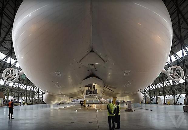Фото №1 - Запредельно громадный мега-дирижабль Airlander 10 готов к запуску!