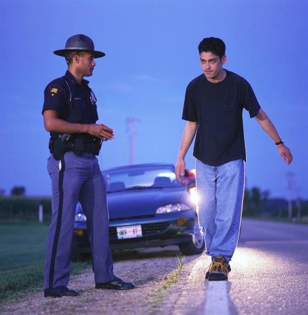 Фото №2 - Работа мечты: американская полиция ищет добровольцев, которые будут напиваться и проходить проверку на алкоголь