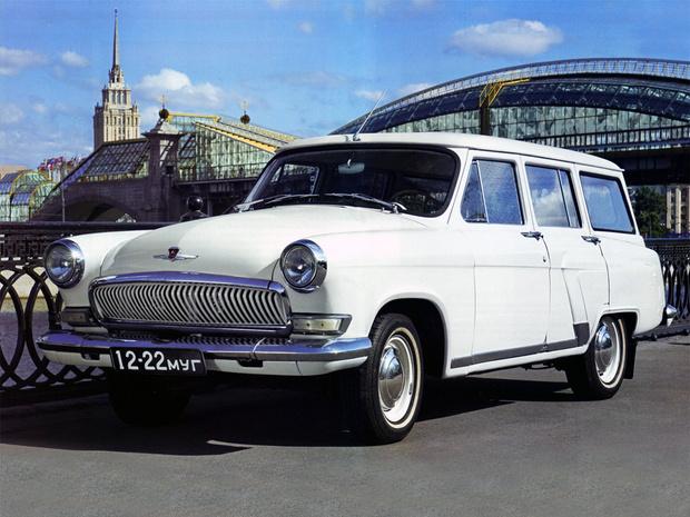 Фото №2 - 10 советских автомобилей, которым не стыдно было оказаться иномарками