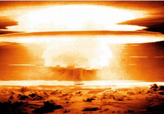 Самые красивые ядерные взрывы в истории (ВИДЕО)