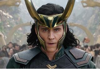 Marvel показали первый кадр из нового сериала про Локи с Томом Хиддлстоном