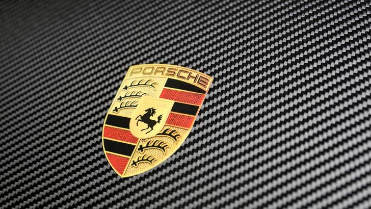 Фото №15 - 20 автомобильных эмблем со смыслом