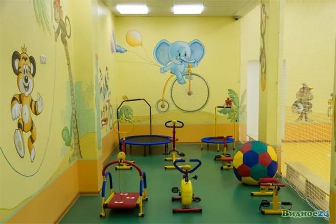 Фото №8 - Иностранцы с изумлением разглядывают русский детский сад