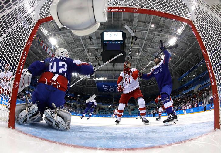 Фото №1 - «Знарок, ты что тренировал в СКА?» Пять причин, почему Россия проиграла словакам