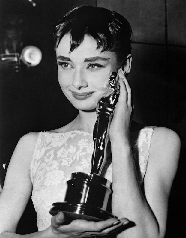 Фото №10 - 18 памятных фотографий из истории «Оскара»