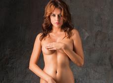 Модель Кристина Нуар: «Заграничные заказчики предвзято относятся к татуировкам — недавно Милан отказал из-за тату»