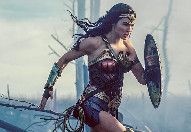 Фото №1 - Рейтинг самых сексуальных киногероинь 2017 года
