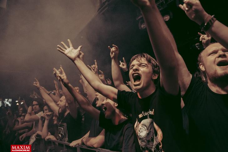 Фото №12 - Концерт в картинках. Что творится на выступлениях австралийских паб-рокеров Airbourne