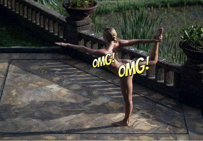 Фото №9 - Флешмоб «Рука вместо лифчика», обнаженная йога, Меган Фокс и другие самые сексуальные девушки этой недели