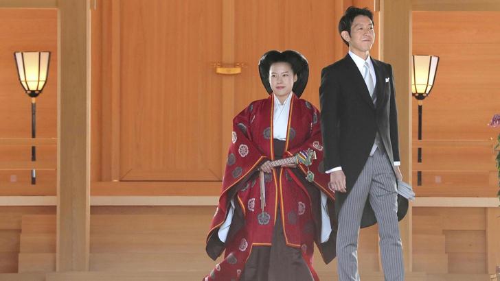 Фото №1 - Японская принцесса отреклась от титула, чтобы выйти замуж за простолюдина