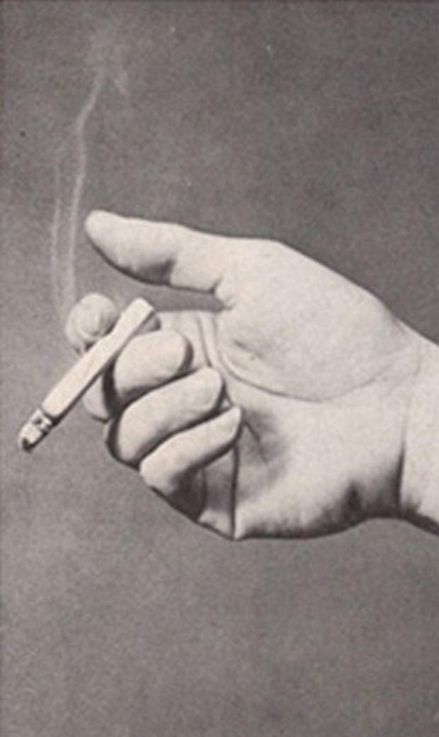 Фото №11 - Определить характер человека по тому, как он держит сигарету (ретротест в картинках)